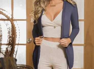 PIJAMAS, ACTIVEWEAR AND LINGERIE Image