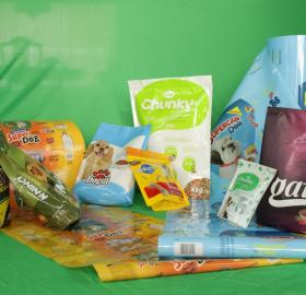 PET FOOD  - PET CARE – ROLLS AND BAGS.